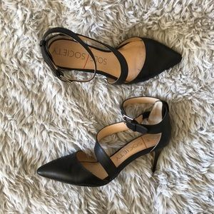 Sole Society Cassia Pumps